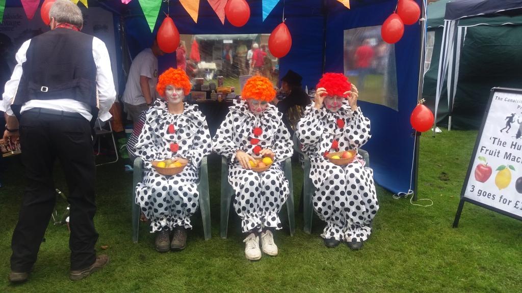 Beeston Carnival Human Fruit Machine - Copy